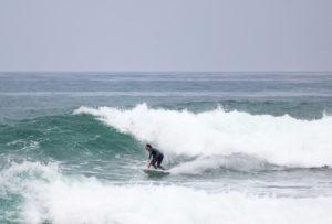 Dani-Reyes-Acosta-Surfing-Punta-Rocas-Peru